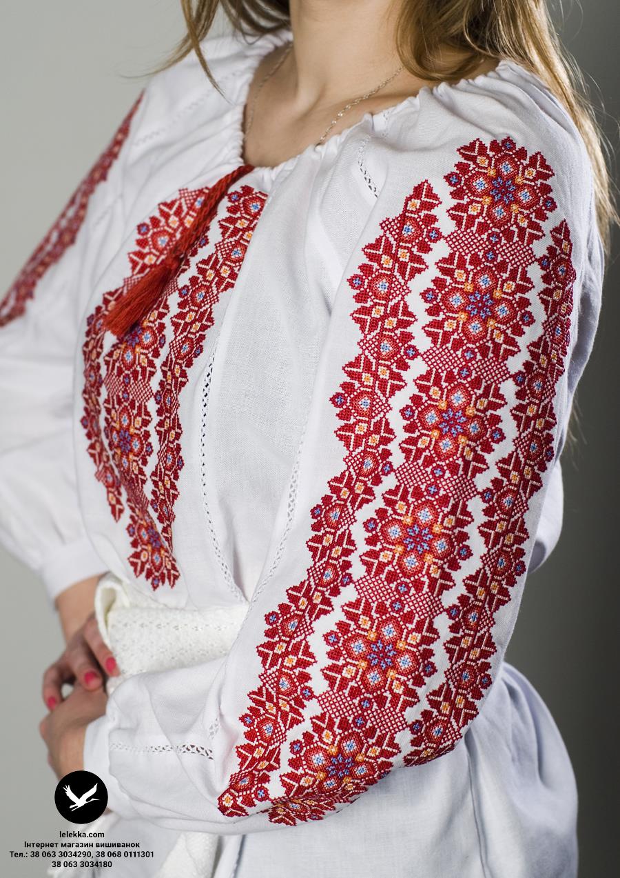 Жіноча вишиванка Хмельницький з боку. 0cf9bc3d601b3