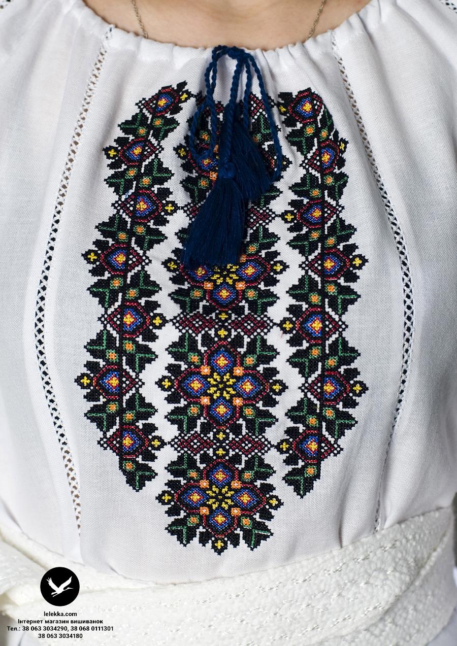 Вишита сорочка жіноча Барвінок з близька. 12ea83699eb82