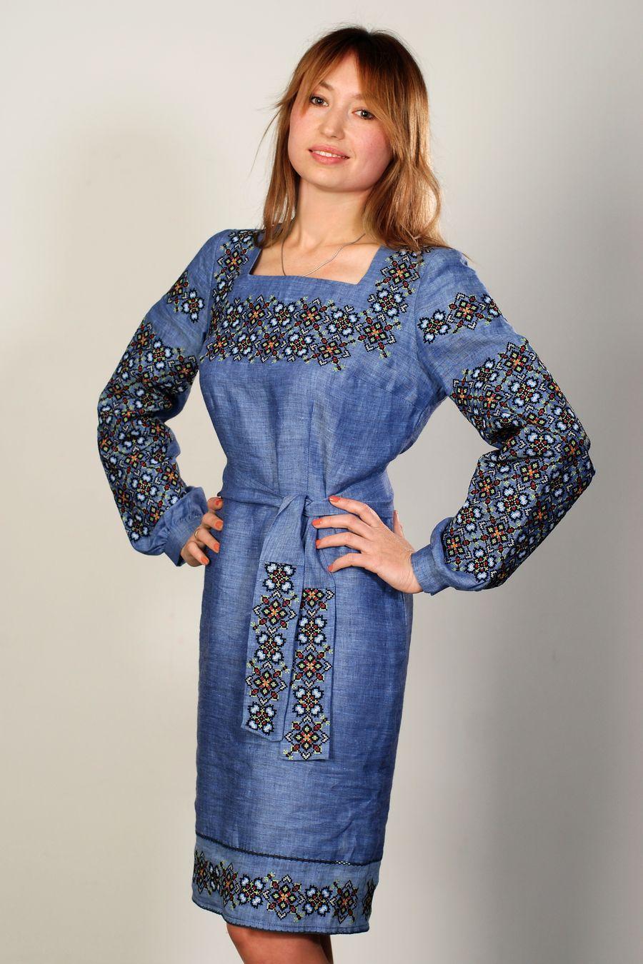 Сучасне вишите плаття Королівна sku1500 . 8d981cd2254bd